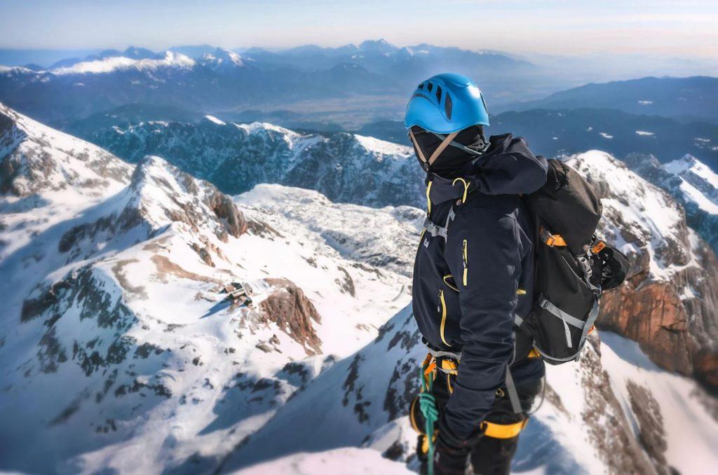 mountaineering ice climbing sport